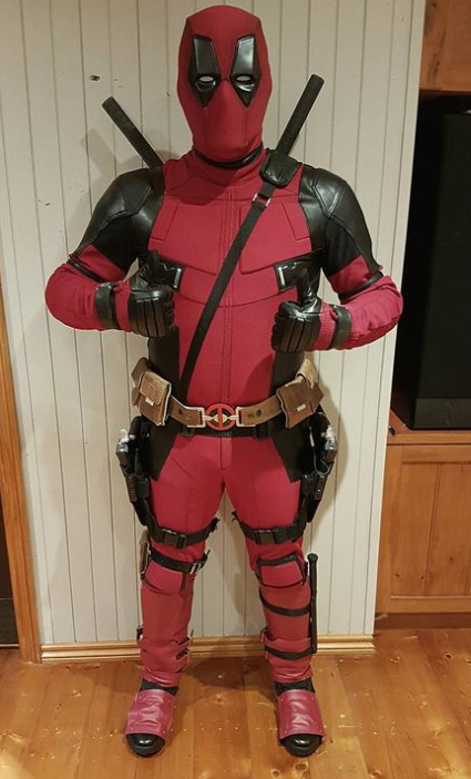 deadpool cosplay 2019 halloween